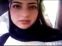 Naturally Busty Arab  Exposes Her Big  In An Amatuer Porn Vid